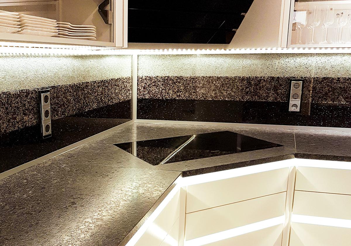 Relativ Küchenrückwand: etwas Besonderes individuell gefertigt - GLASZONE RQ63
